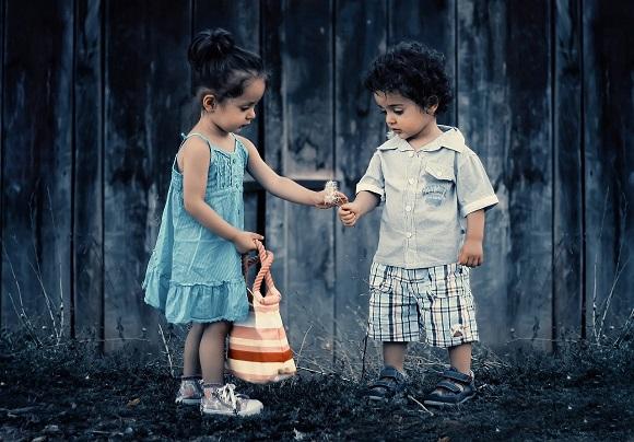 تربیت اخلاقی کودکان- تصویر ۲- سایت تخصصی روانشناسی دکتر کامیار سنایی