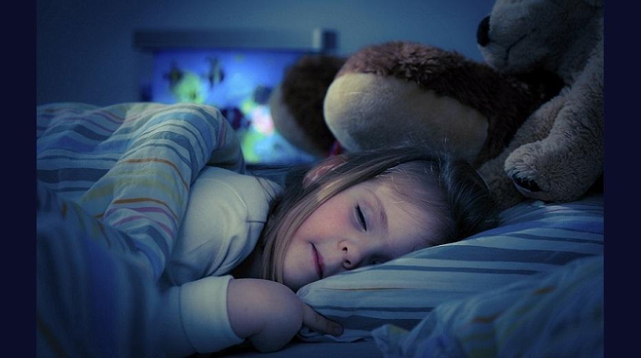 تصویر از ۴ روش درمان بی خوابی شبانه