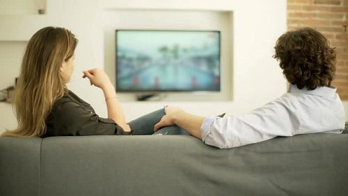 دیدن پورن با همسر- تصویر ۲- سایت تخصصی روانشناسی دکتر کامیار سنایی