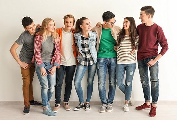 نوجوان- تصویر ۱- سایت تخصصی روانشناسی دکتر کامیار سنایی