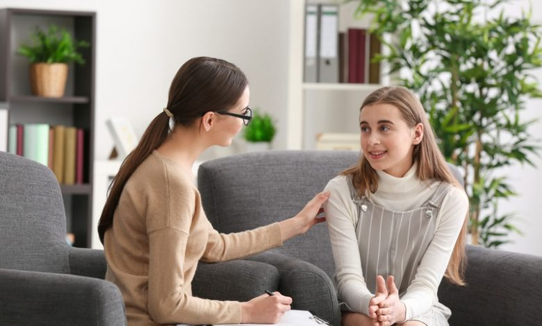 مشاوره با نوجوانان- سایت تخصصی روانشناسی دکتر کامیار سنایی