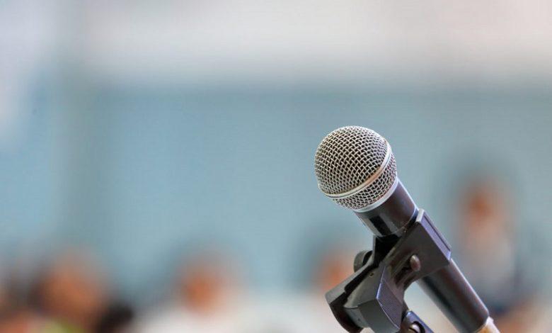 سخنرانی در جمع- سایت تخصصی روانشناسی دکتر کامیار سنایی