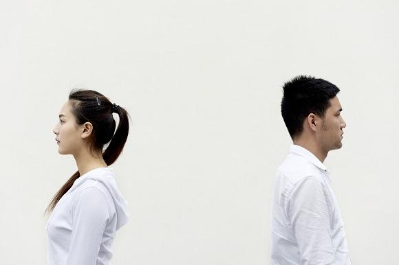 کنار آمدن با خیانت همسر- تصویر ۱- سایت تخصصی روانشناسی دکتر کامیار سنایی